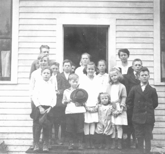 The school house was located on the north side of the Forest, along the East River flat.  Margaret is on the right side, first row.&#34;<br&gt;269
