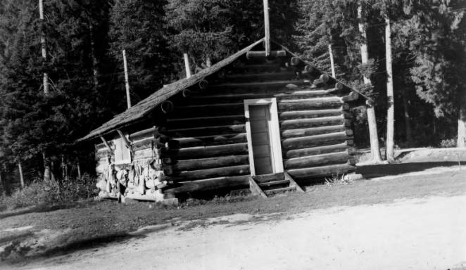 Powell Ranger Station<br />Powell Ranger Station, Photographer Unknown, 1954-09-13