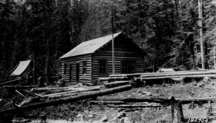 Meadow Creek Ranger Station, Selway National Forest<br />Meadow Creek Ranger Station, Selway National Forest, Jefferson, F. J., 1925