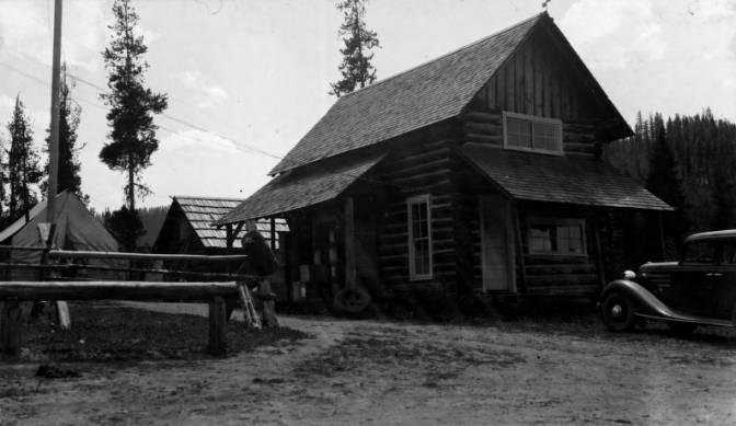 Red River Ranger Station, Nez Perce National Forest, Built 1920<br />Red River Ranger Station, Nez Perce National Forest, Built 1920, Photographer Unknown, 1935-07-18