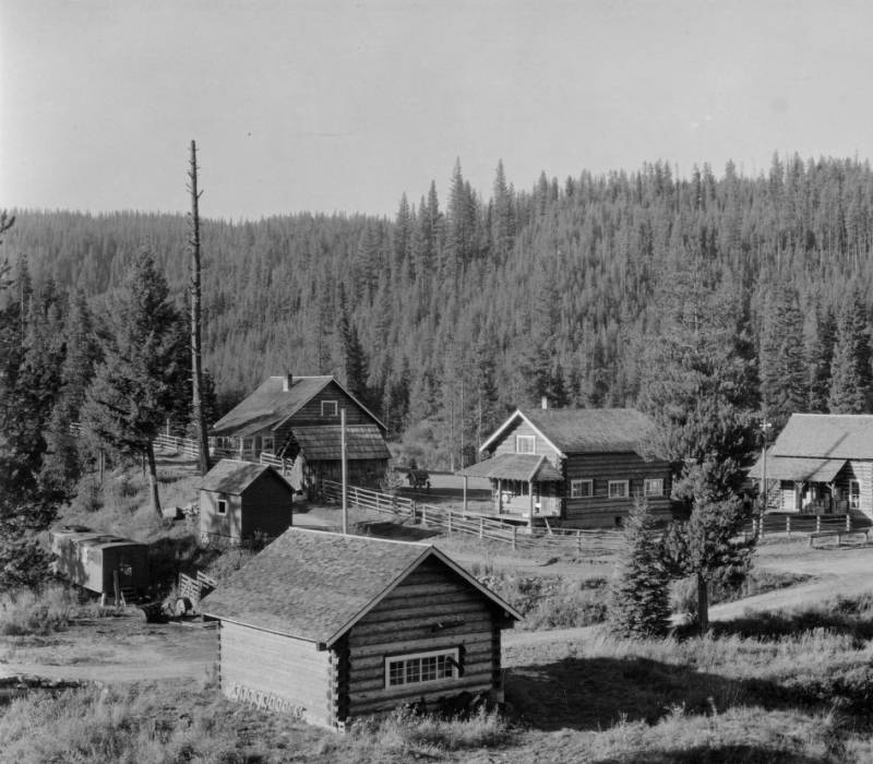 Improvements, administrative structures, Idaho, Nezperce National Forest, Red River Ranger Station<br />Improvements, administrative structures, Idaho, Nezperce National Forest, Red River Ranger Station , Swan, K. D., 1938-08-01