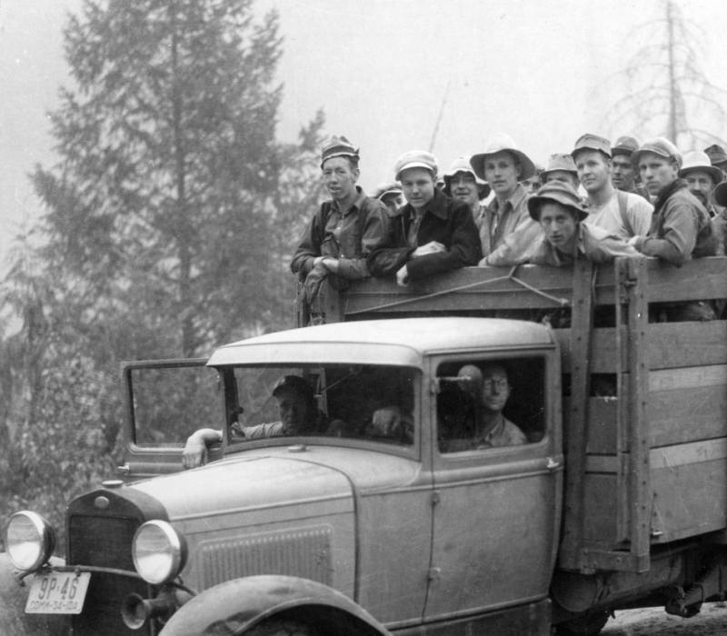 Truck load of Elister Rust Boys leaving Pete King Ranger Station for the Lochsa fire front, Selway National Forest<br />Truck load of Elister Rust Boys leaving Pete King Ranger Station for the Lochsa fire front, Selway National Forest, Swan, K.D., 1934-08-01