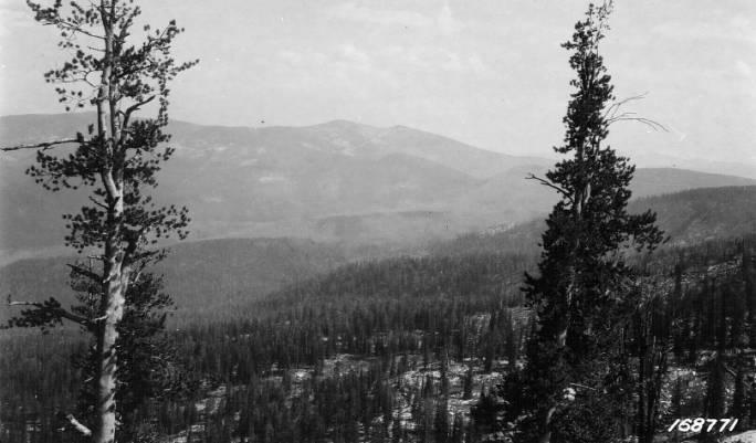 Salmon Mountain as seen from Sabe Mountain<br />Salmon Mountain as seen from Sabe Mountain, Flint, Howard, 1922