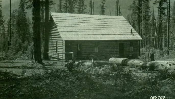 Moose Creek Ranger Station, Bitterroot National Forest<br />Moose Creek Ranger Station, Bitterroot National Forest, Flint, R. S., 1922-07-29