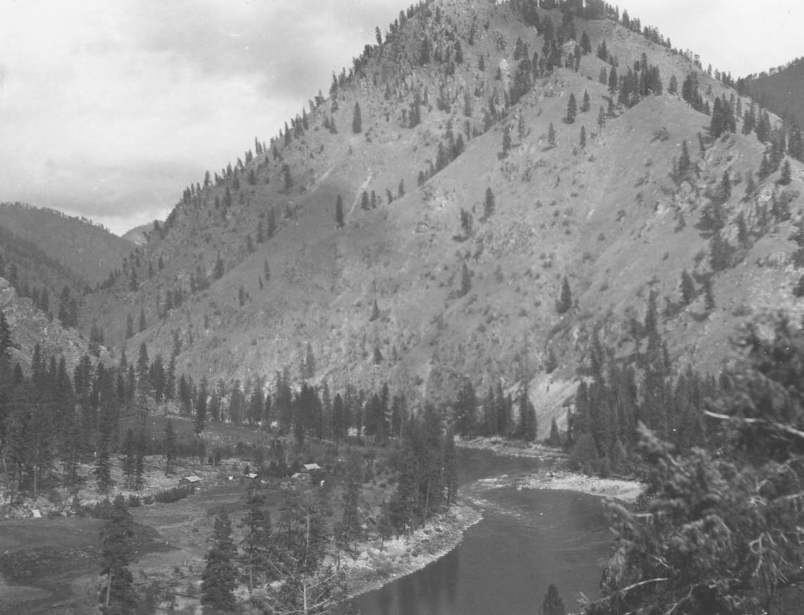 item thumbnail for Ranch [Mckay Bar] on Salmon River near mouth of South Fork