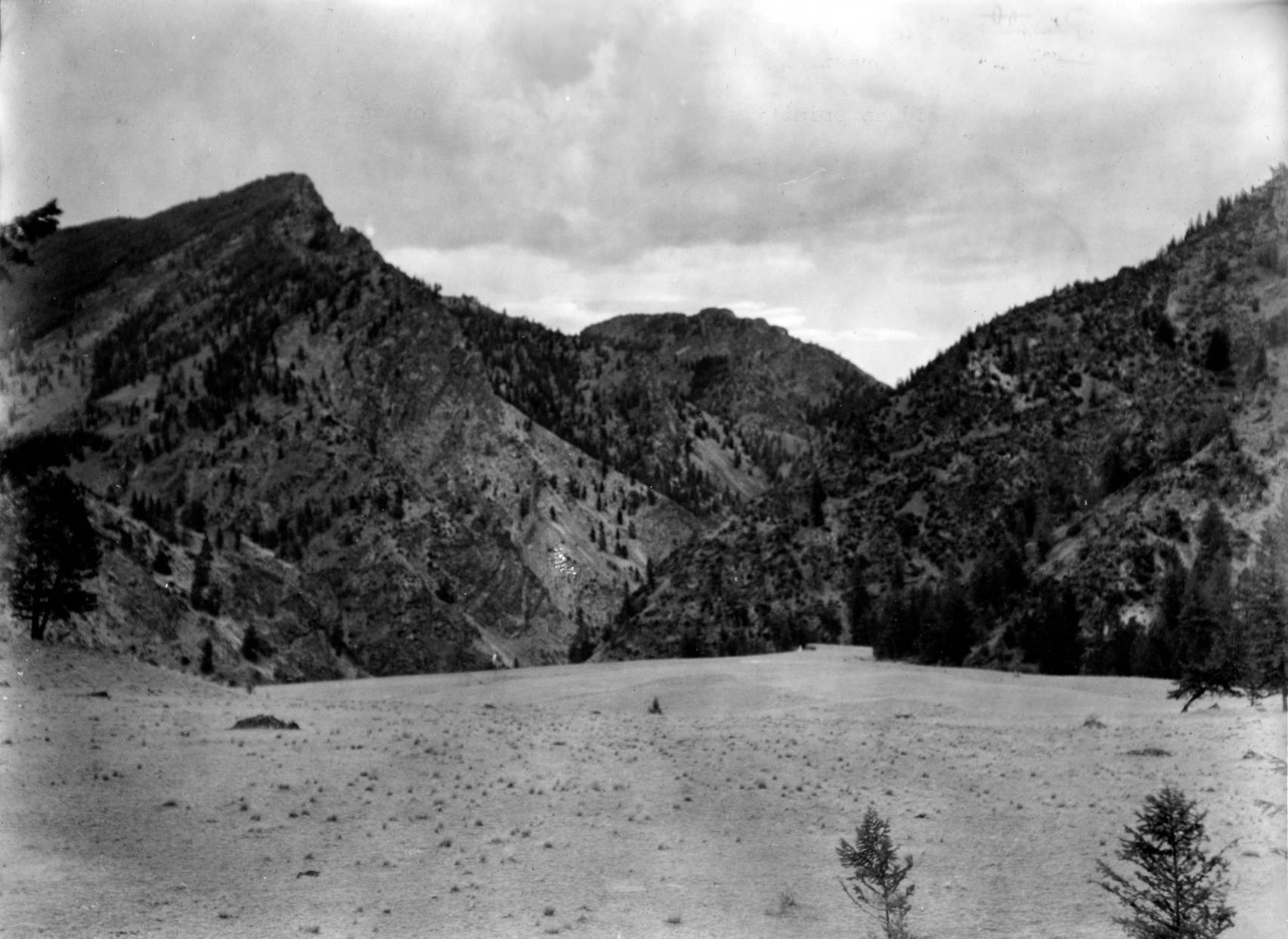 item thumbnail for The Soldier Bar Landing Field in the Idaho Primitive Area, Payette National Forest.