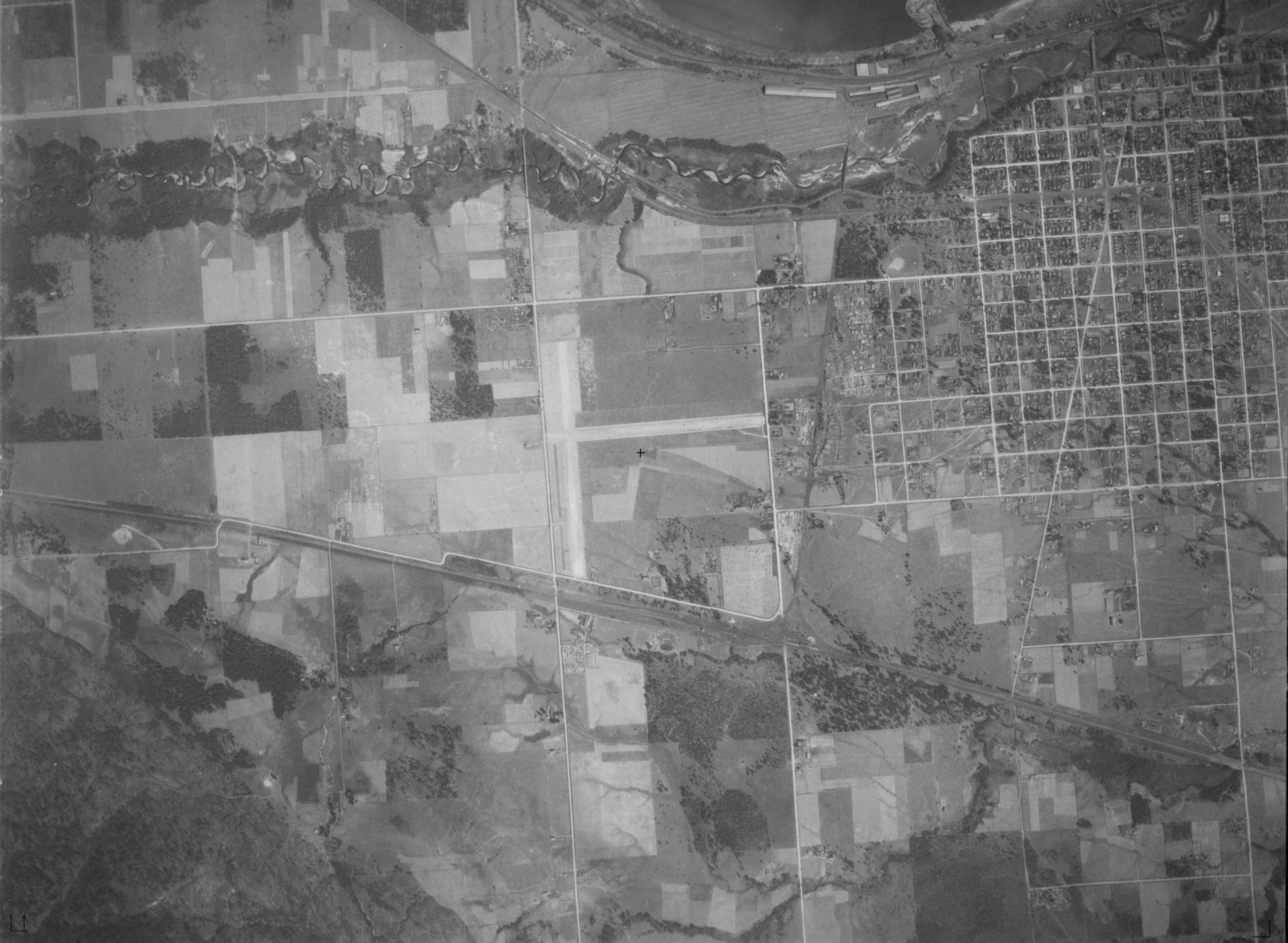 item thumbnail for Sandpoint, Idaho and Lake Pend Oreille shore, vertical aerial (P 832-33)