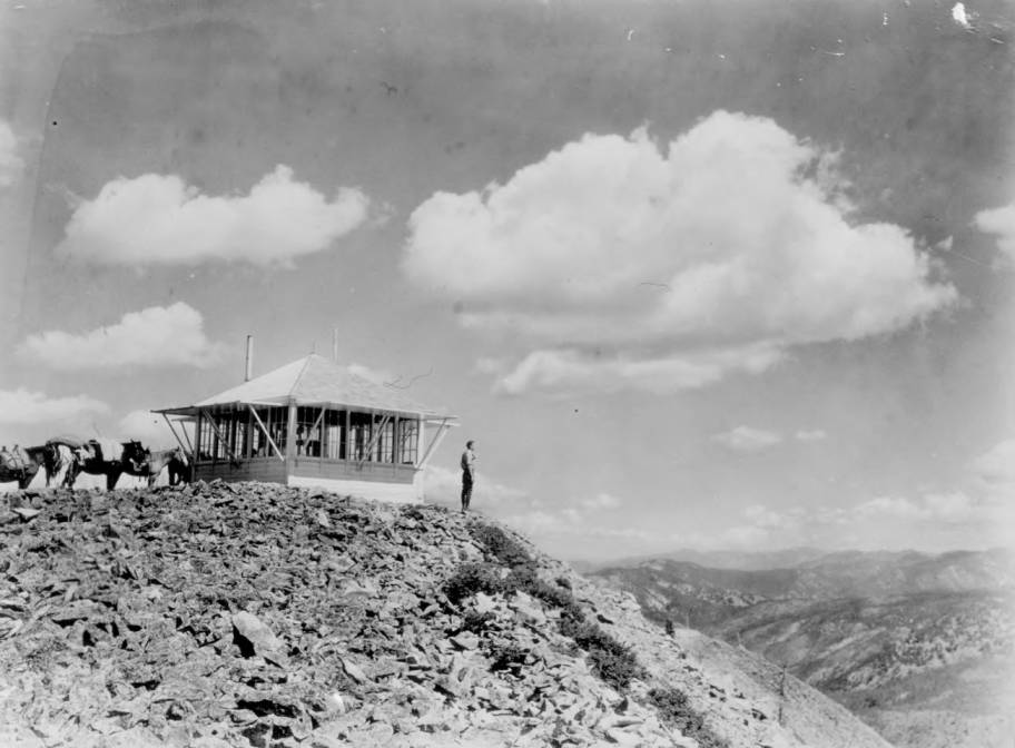 item thumbnail for Fire Lookout, Lookout Mountain