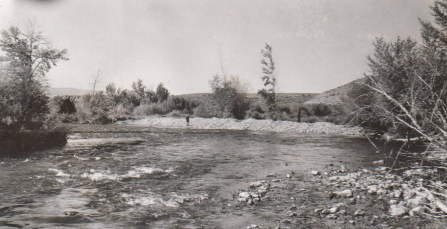 item thumbnail for Lemhi River protective bank built by farmer