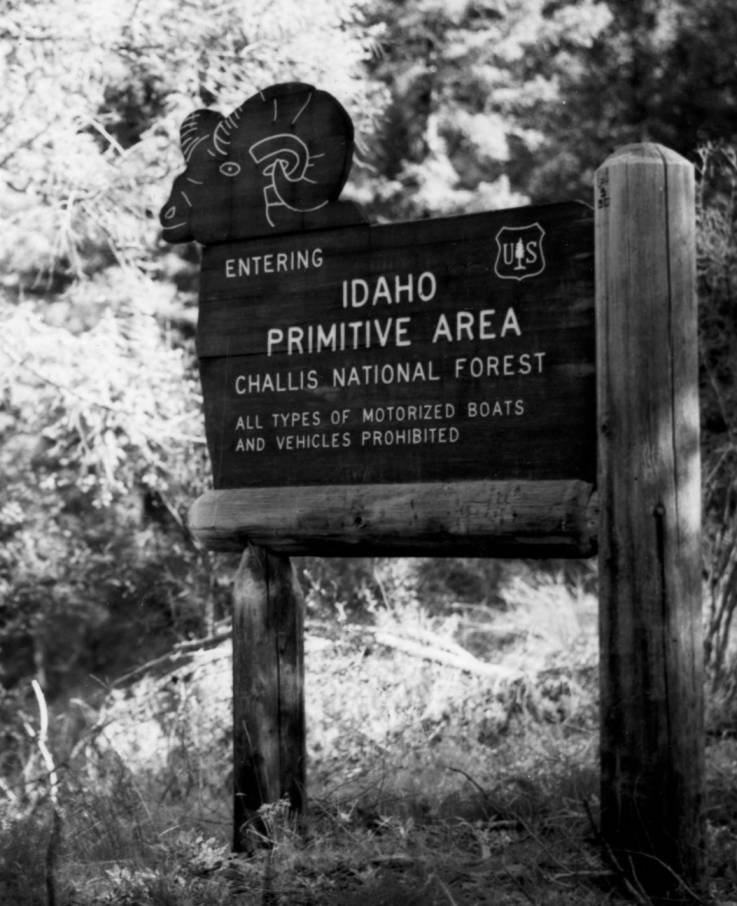 item thumbnail for Sign for Idaho Primitive Area, Challis National Forest