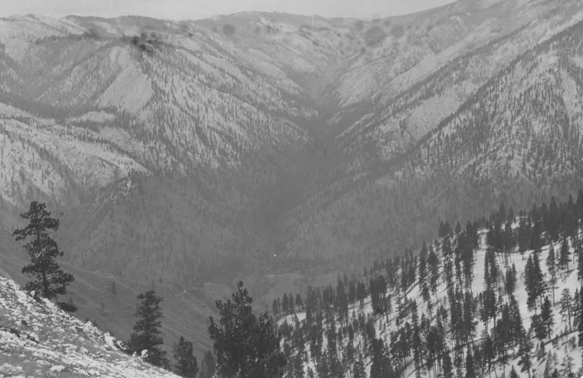 item thumbnail for Salmon River Canyon and Elk Creek
