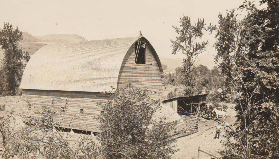 item thumbnail for New Lookingglass barn, Kamiah, Idaho