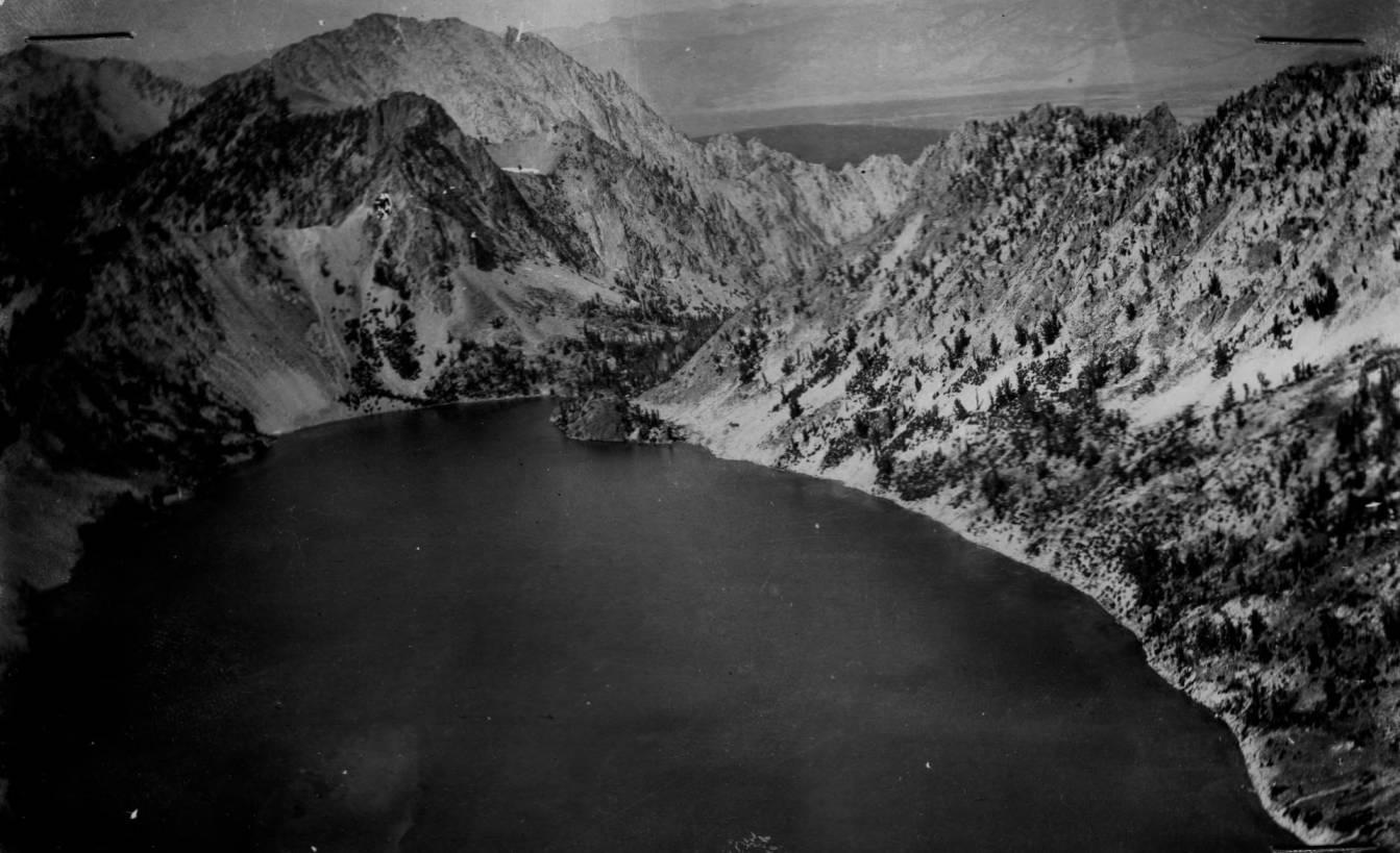 item thumbnail for Sawtooth Lake