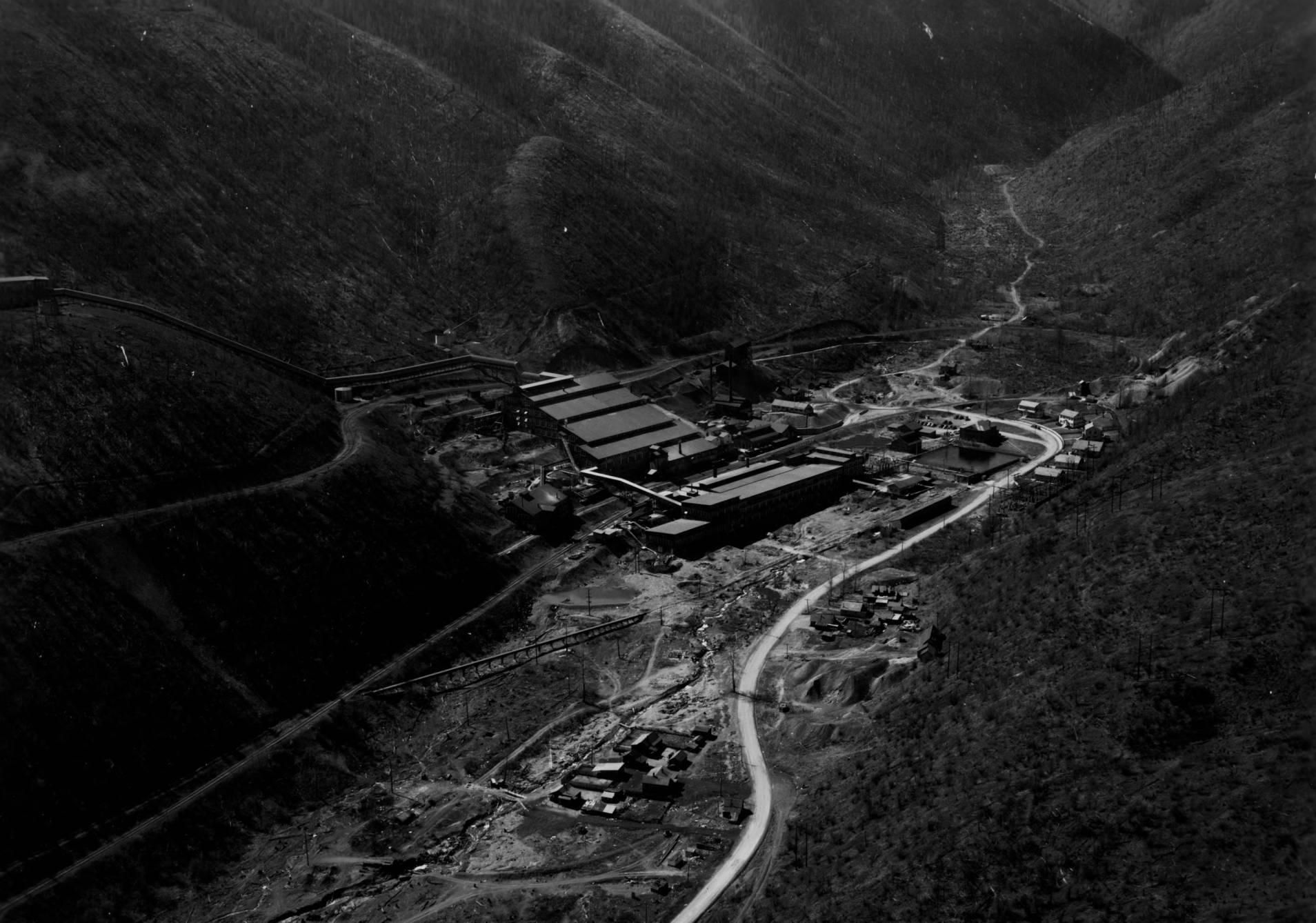 item thumbnail for Sullivan Zinc Plant, Silver King, Idaho