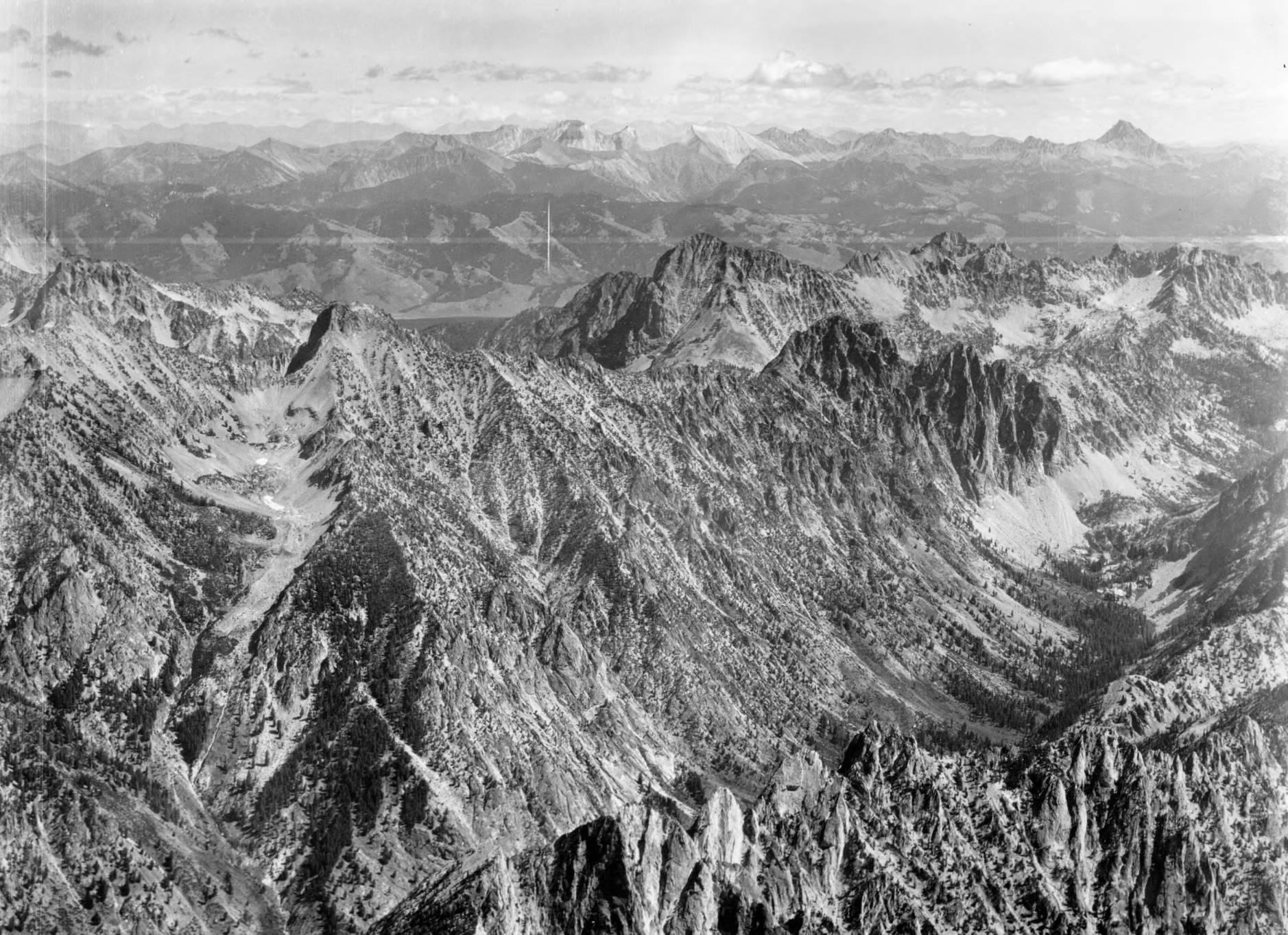 item thumbnail for Castle Peak, Baron Peak, and White Cloud Peaks