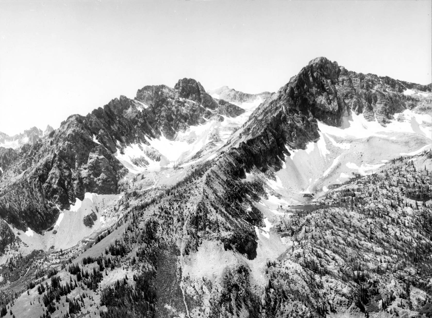 item thumbnail for Aerial view of Sawtooth Range