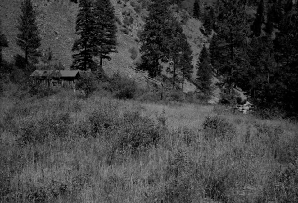 item thumbnail for Cabin at Smith Gulch, Magruder Ranger District