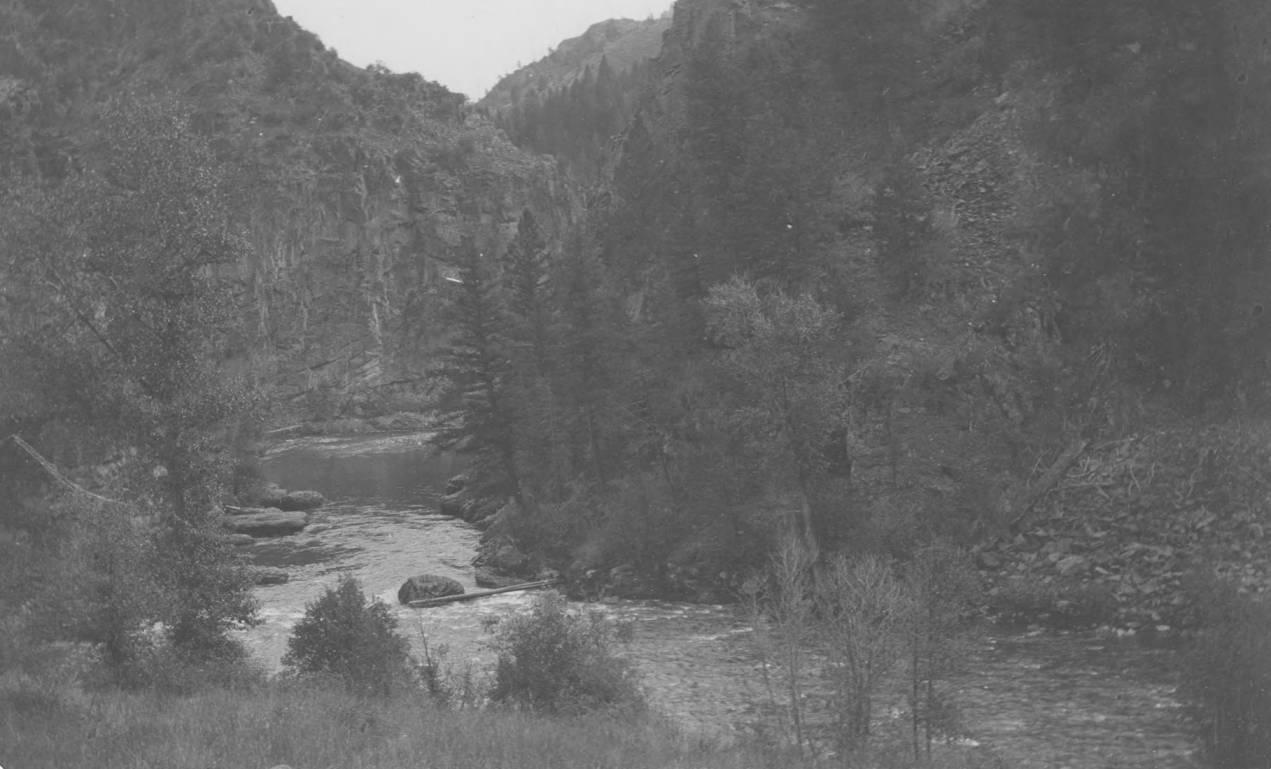 item thumbnail for Big Creek at mouth of Monumental Creek