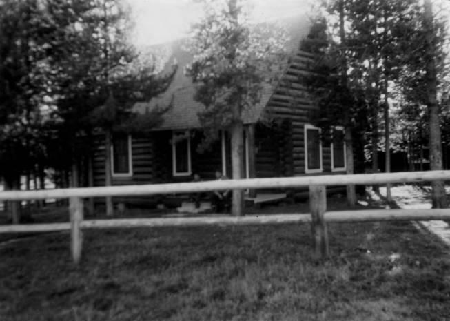item thumbnail for Ranger dwelling at Chamberlain Ranger Station