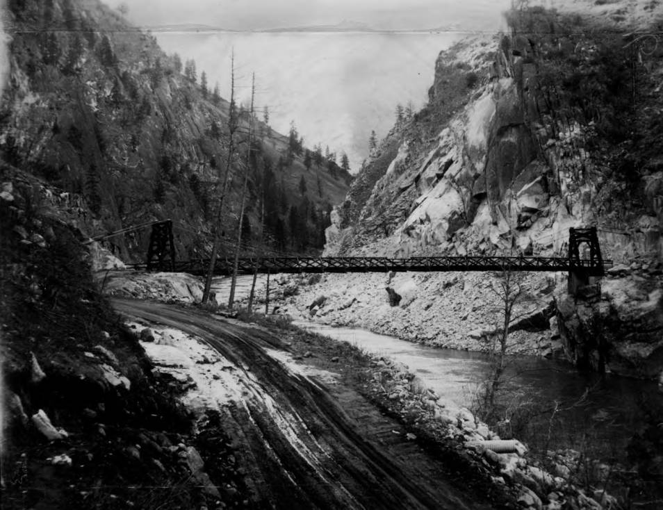 item thumbnail for Crevice (Manning) suspension bridge and pack train