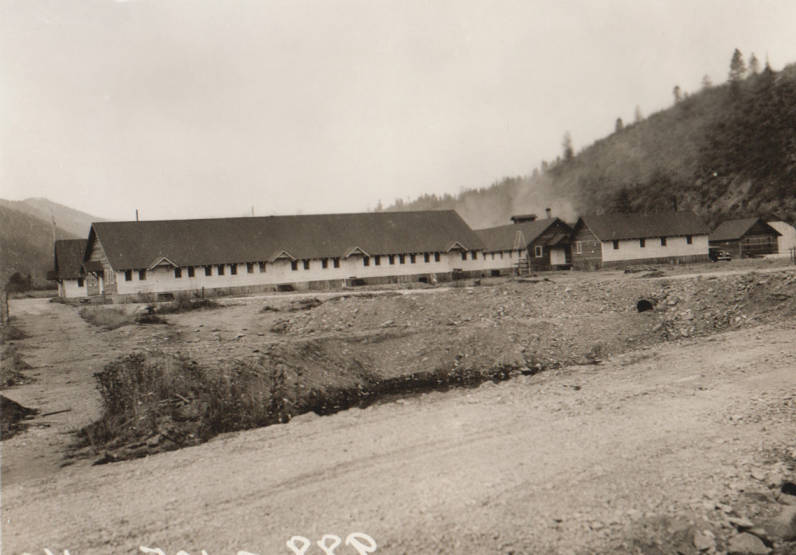 item thumbnail for Wallace Flood Camp, buildings