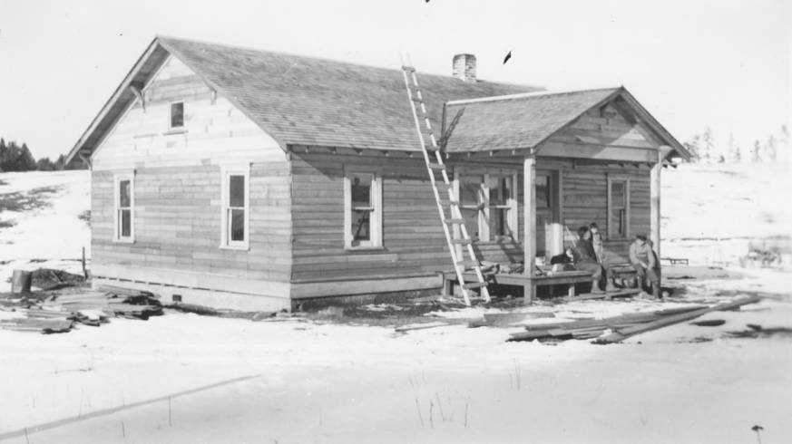 item thumbnail for Sam Water house (new), Craigmont