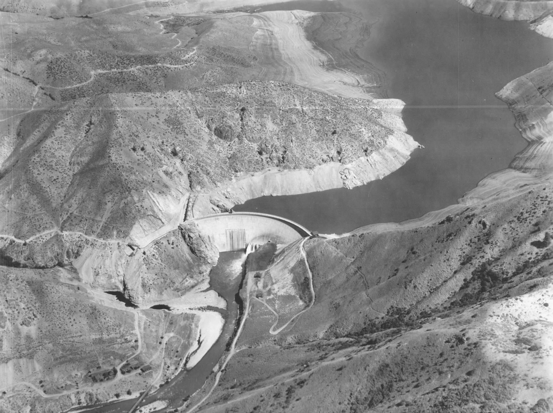 item thumbnail for Arrow Rock Dam and reservoir