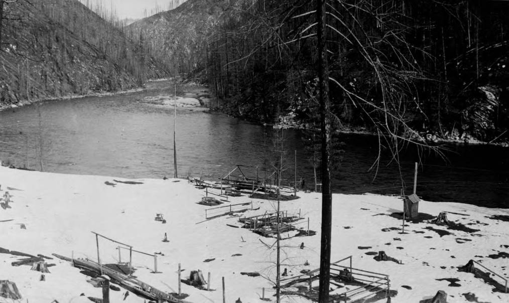 item thumbnail for Bungalow Ranger Station site in winter and North Fork, building in progress