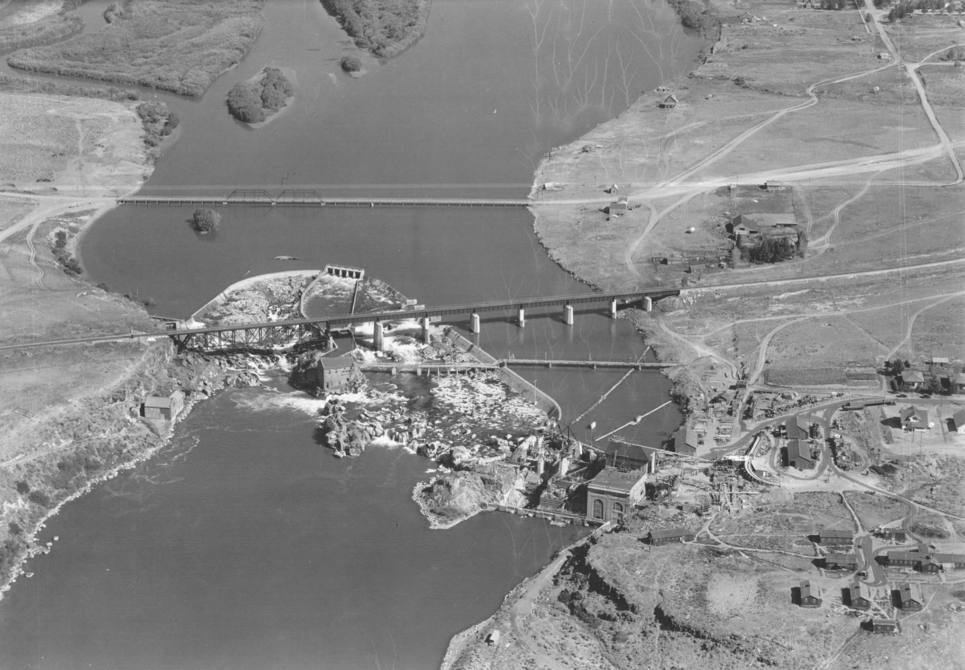 item thumbnail for American Falls, dam site