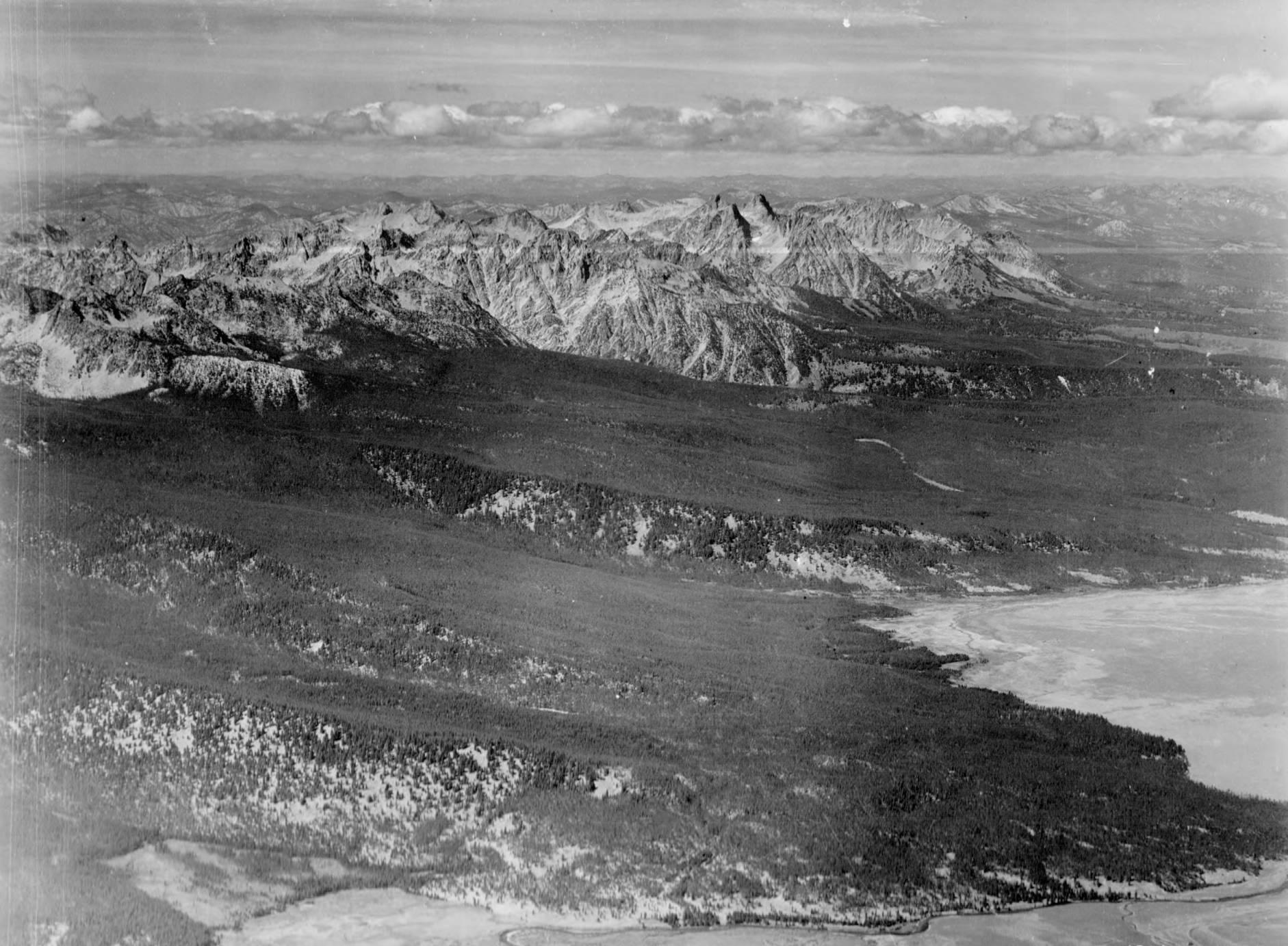 item thumbnail for Peaks to northwest of Obsidian, Idaho