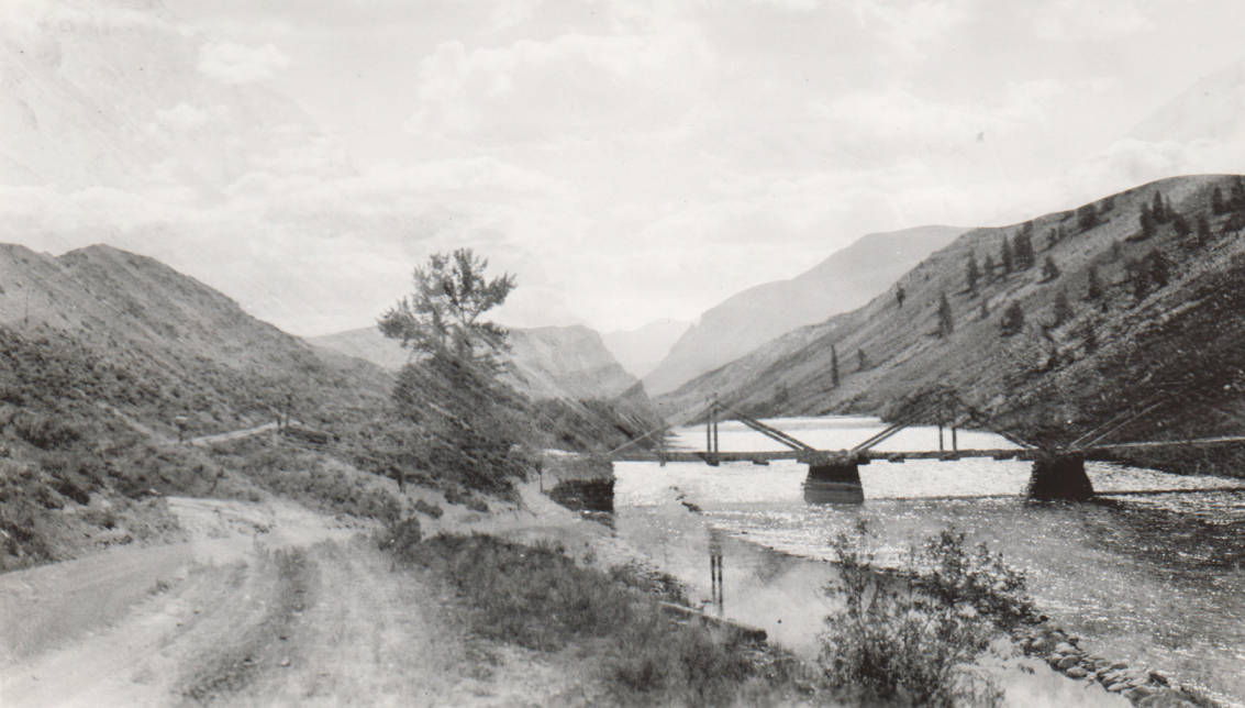 item thumbnail for Bridge over Salmon River