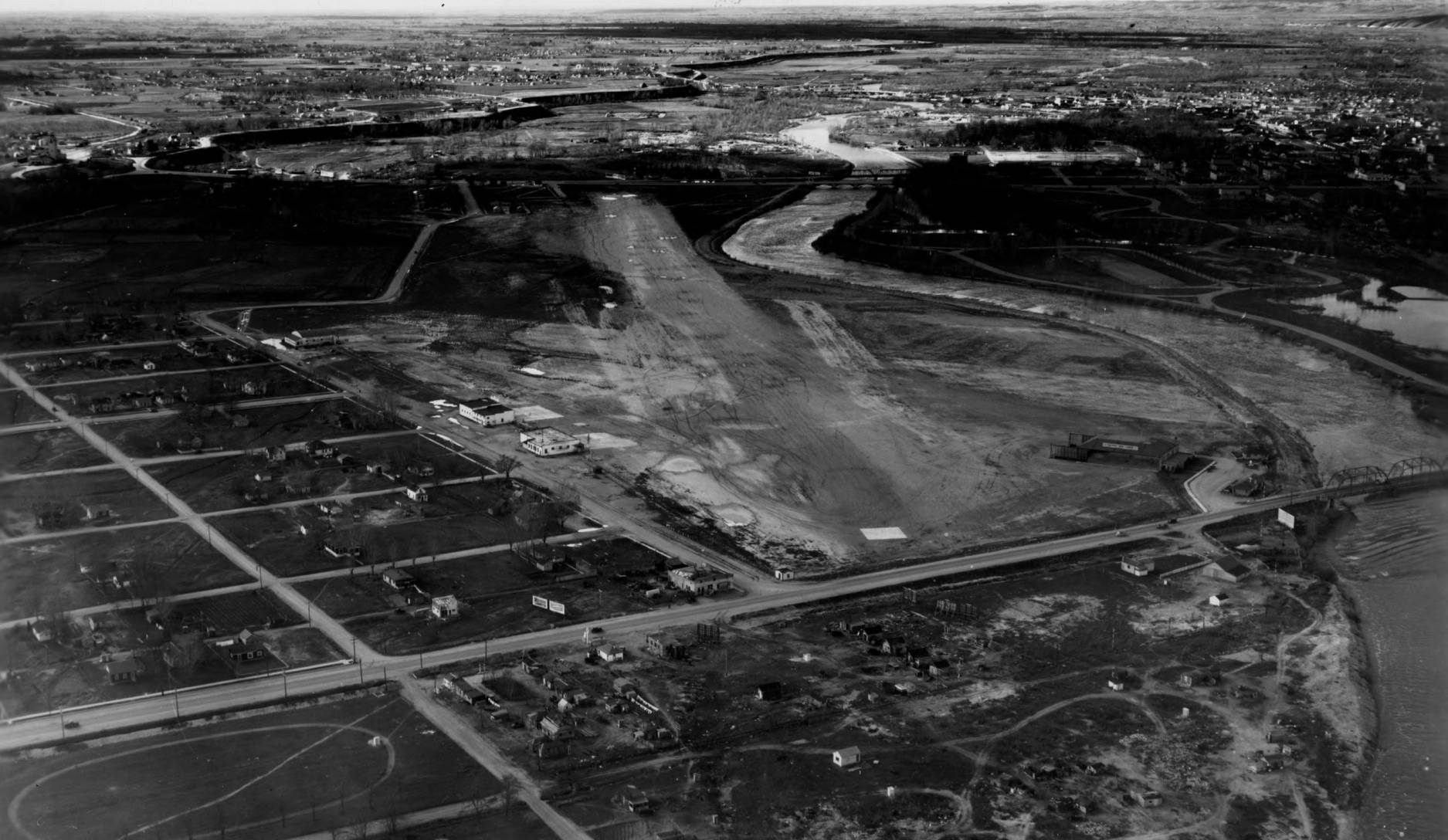 item thumbnail for Boise Airport site and surrounding lands, wide aerial