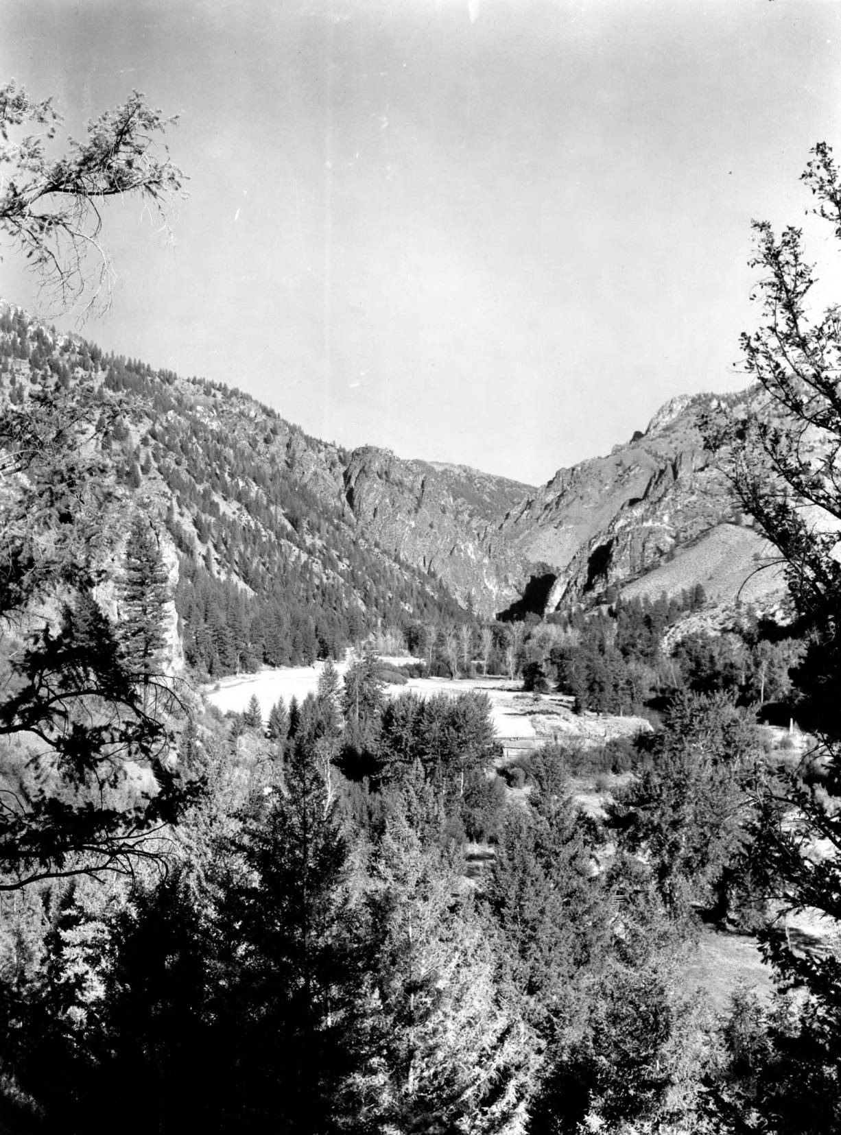 item thumbnail for Biggs Ranch close to Middle Fork of the Salmon River