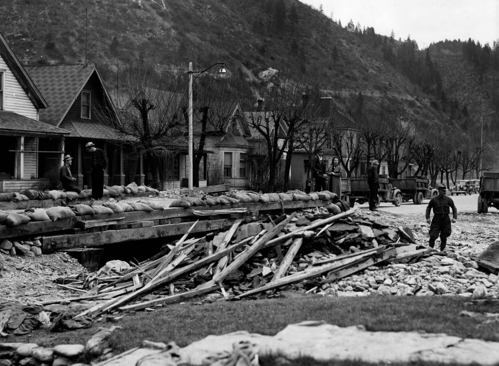 item thumbnail for Flood damage related to 1910 fire, Placer Creek