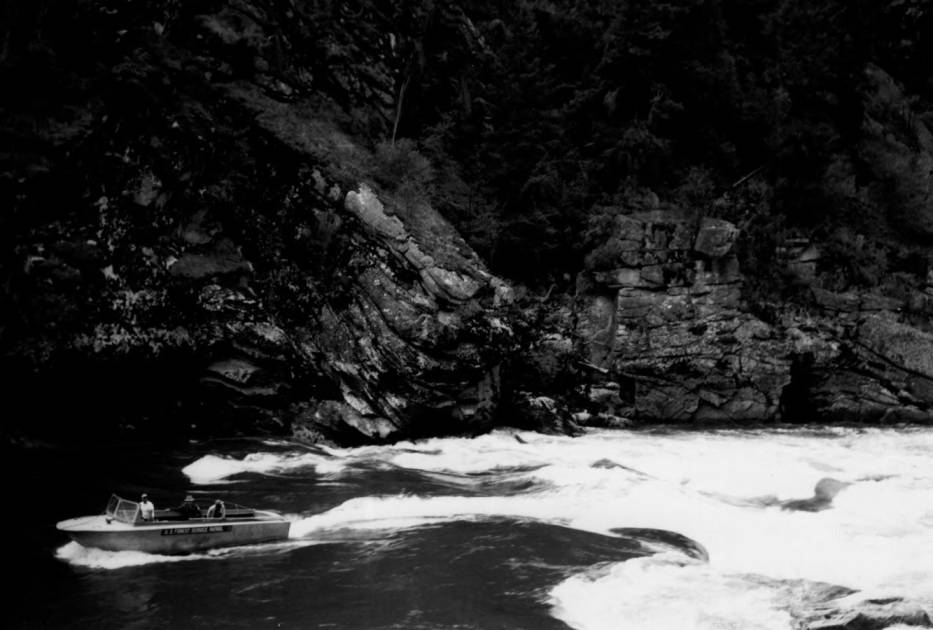 item thumbnail for Forest Service boat patrol at Salmon Falls
