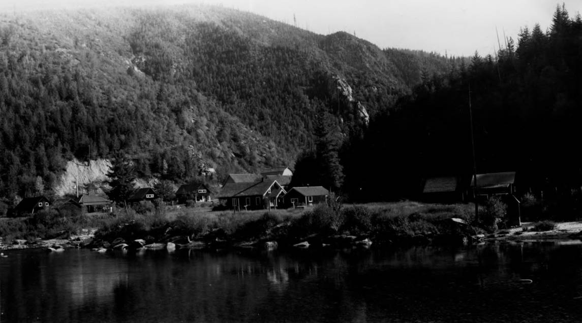 item thumbnail for Bungalow Ranger Station, North Fork of the Clearwater River and valley