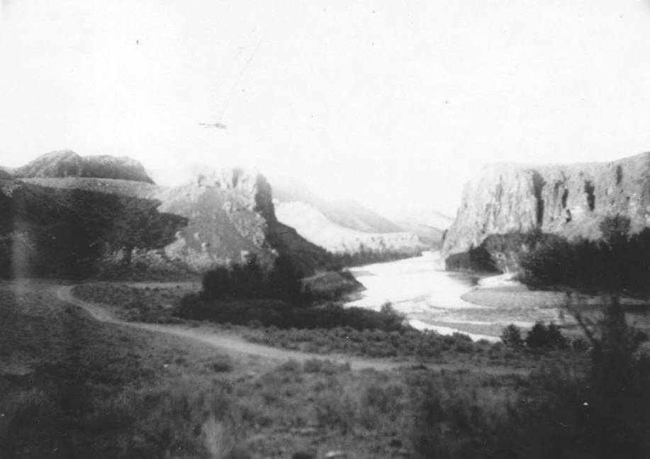 item thumbnail for Salmon River a few miles north of Challis (Looking north)