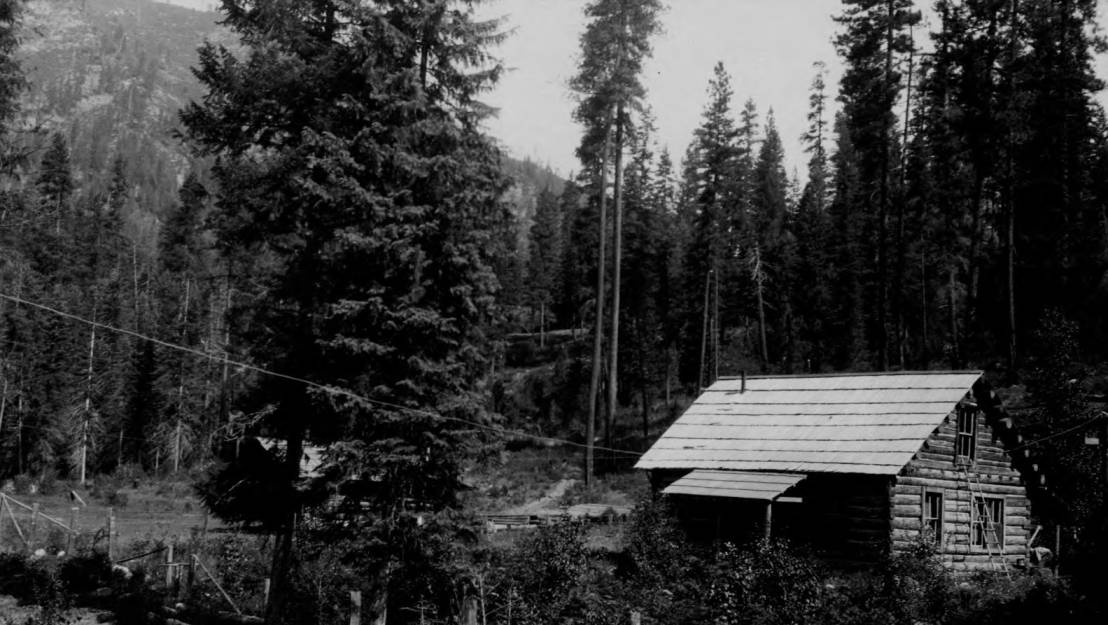item thumbnail for Bear Creek Ranger Station, Selway National Forest