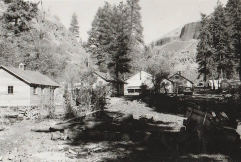 item thumbnail for Cottonwood Camp, Grave Creek