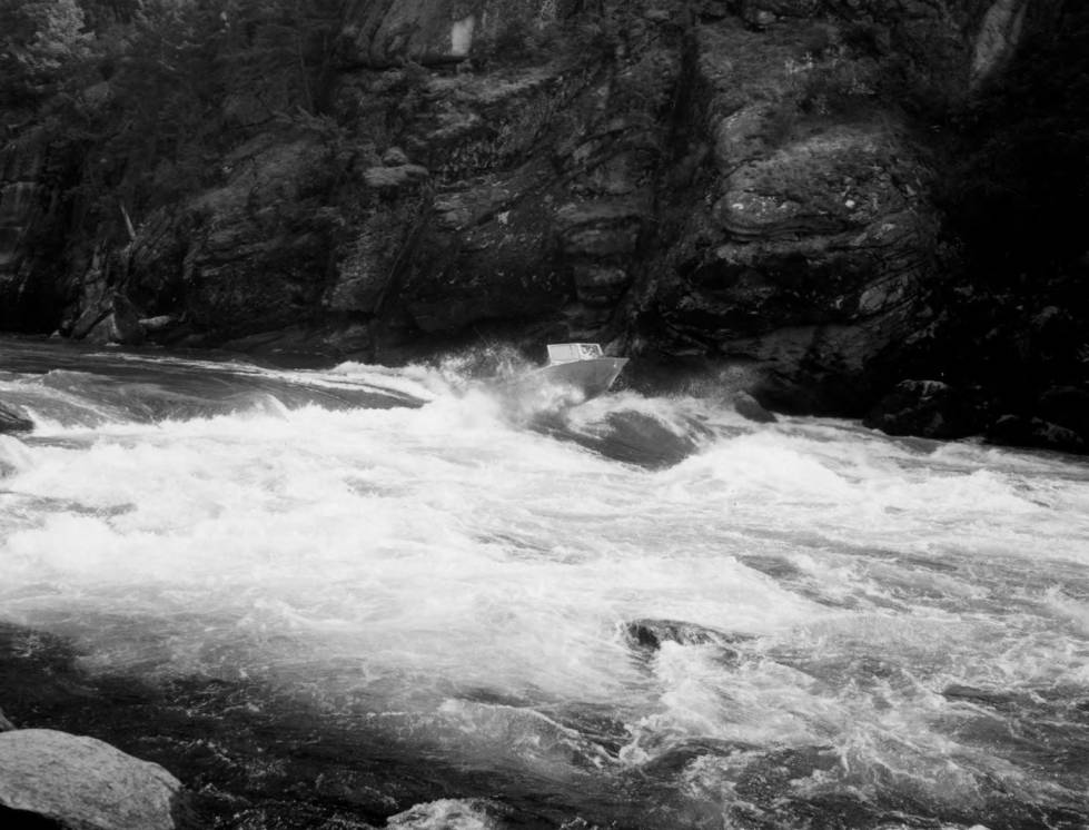 item thumbnail for Jet boat on Salmon Falls