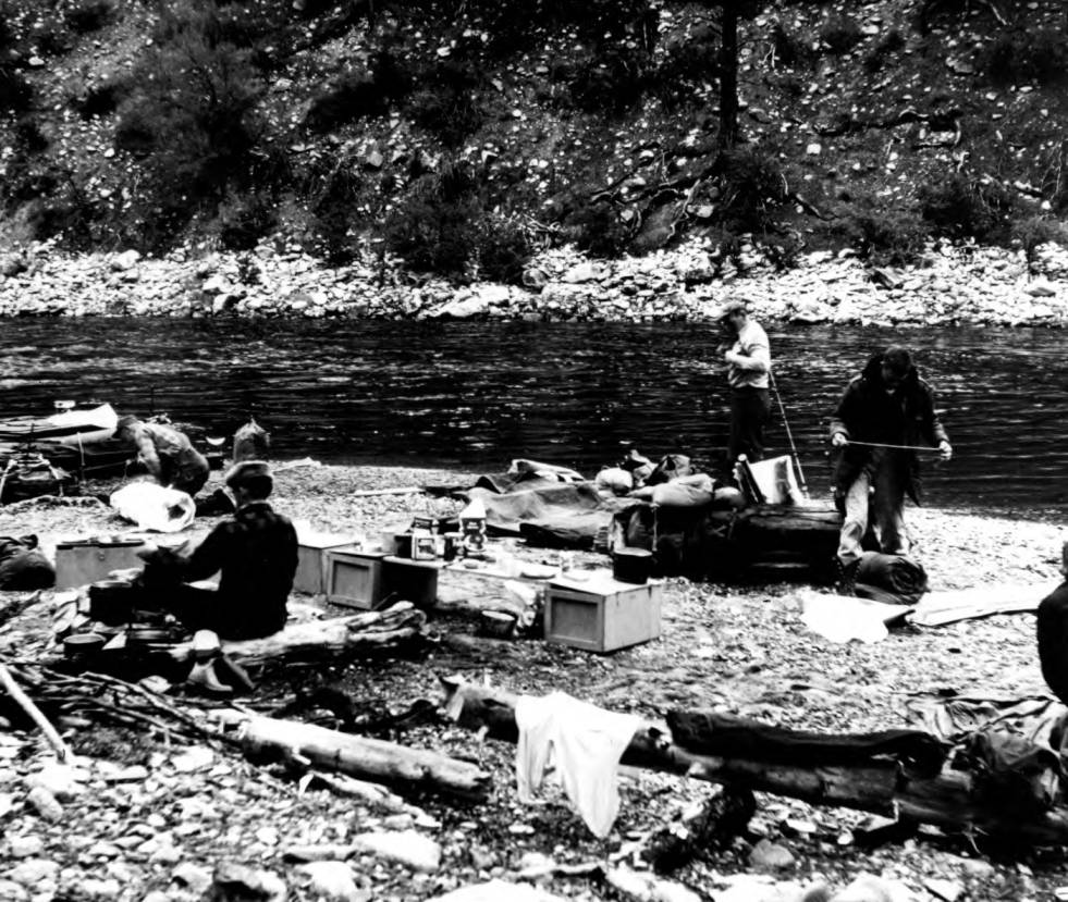item thumbnail for Raft camp on Middle Fork of Salmon River