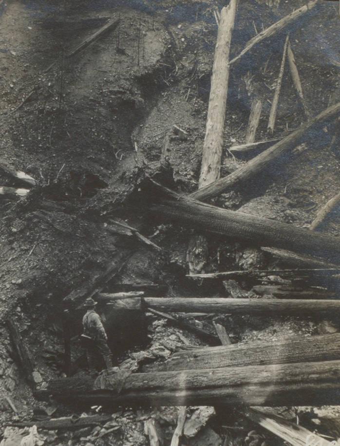 item thumbnail for Burn around Pulaski Tunnel