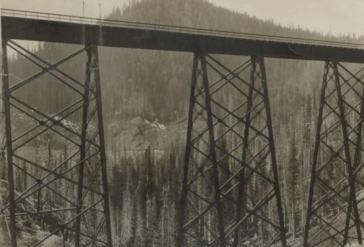 item thumbnail for Trestle bridge over Kelly Creek
