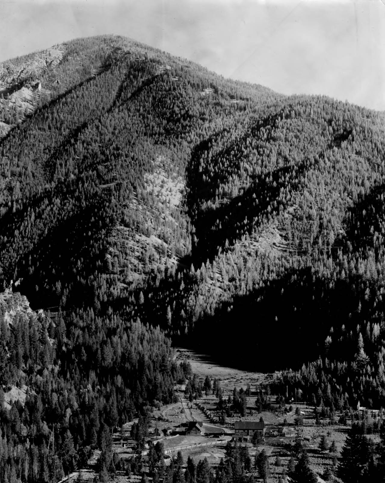item thumbnail for Boyle Ranch on Loon Creek from ridge