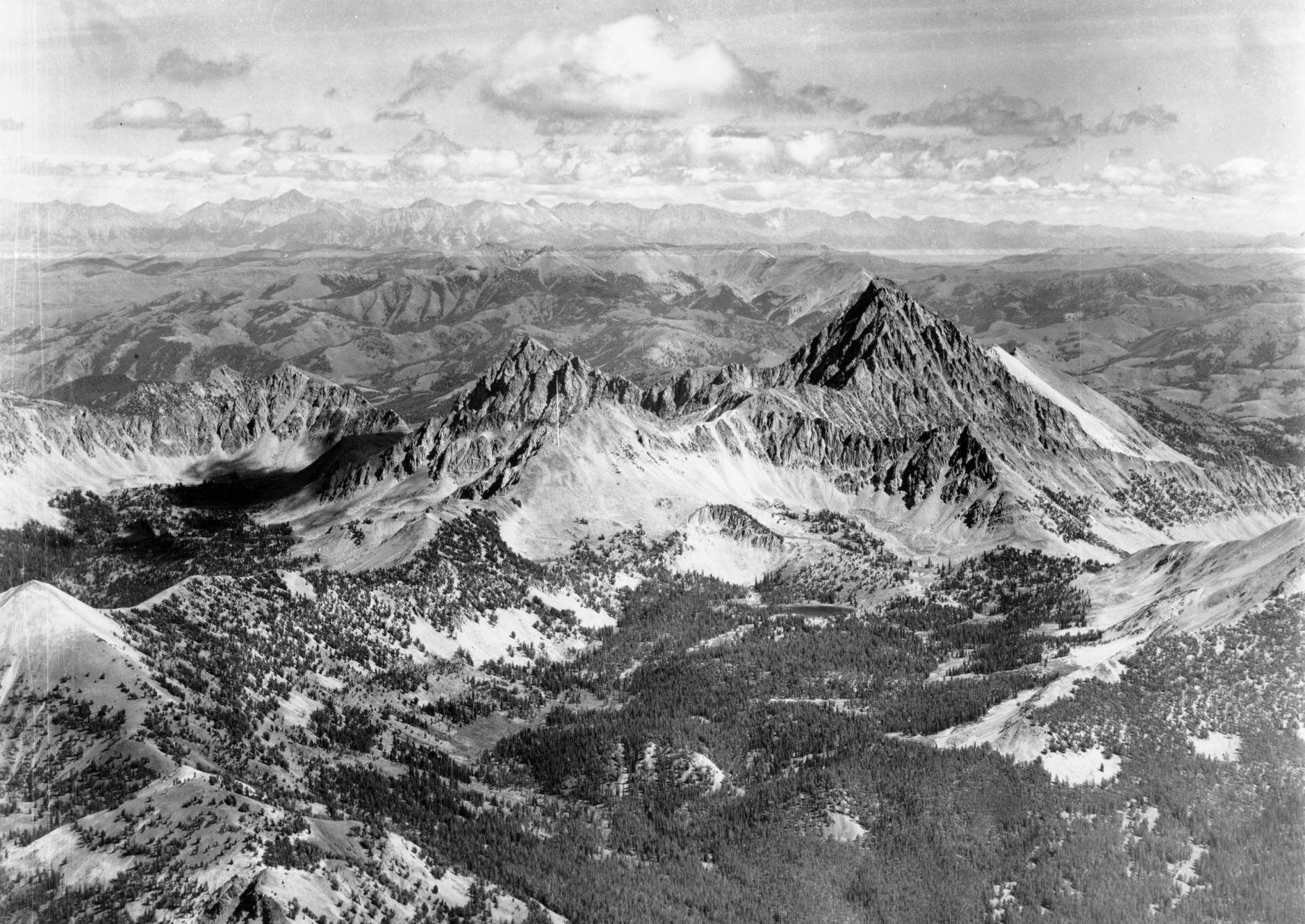 item thumbnail for Castle Peak in White Cloud Peaks