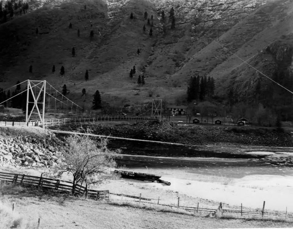 item thumbnail for Riggins Hot Springs and bridge