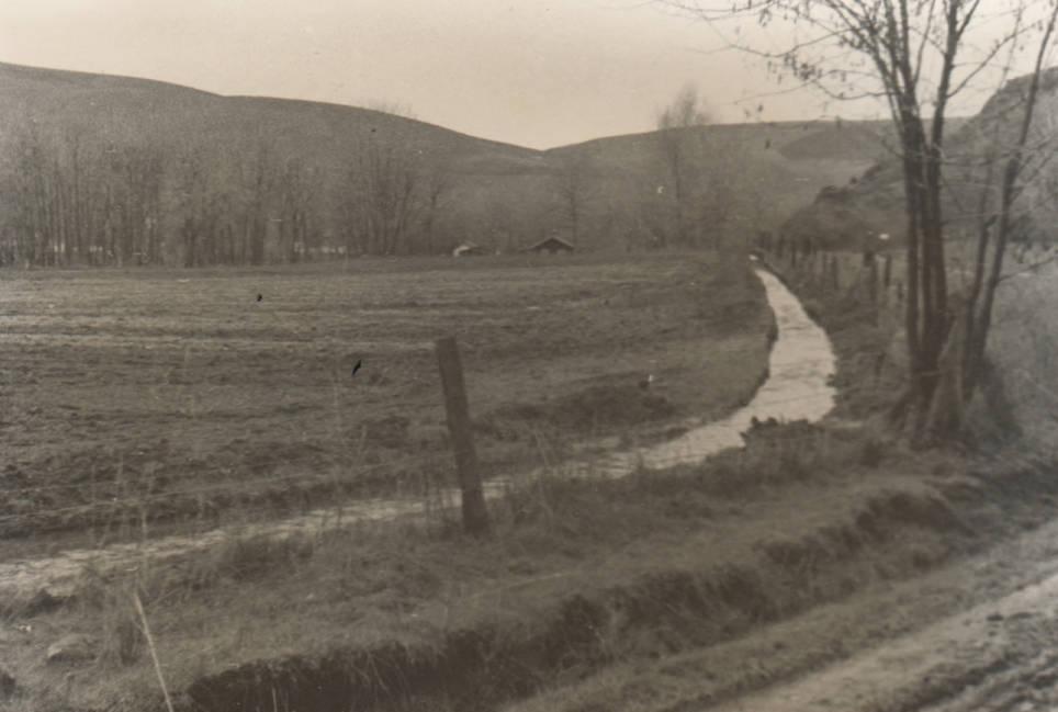 item thumbnail for Irrigation ditch near Lapwai Sanatorium