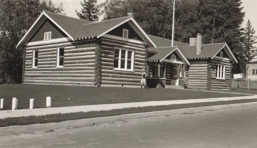 item thumbnail for Community Hall, log building, Sandpoint