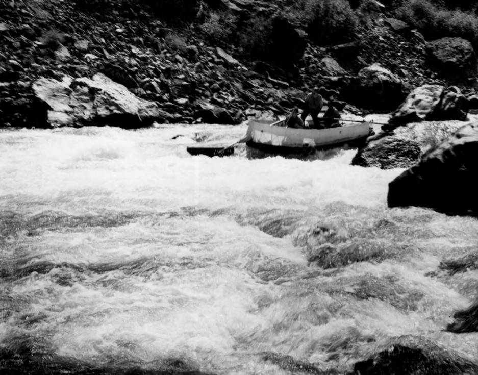 item thumbnail for Work crew rafting Middle Fork of Salmon