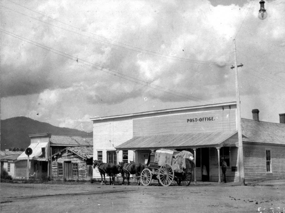item thumbnail for Horse -drawn wagon sits outside post office